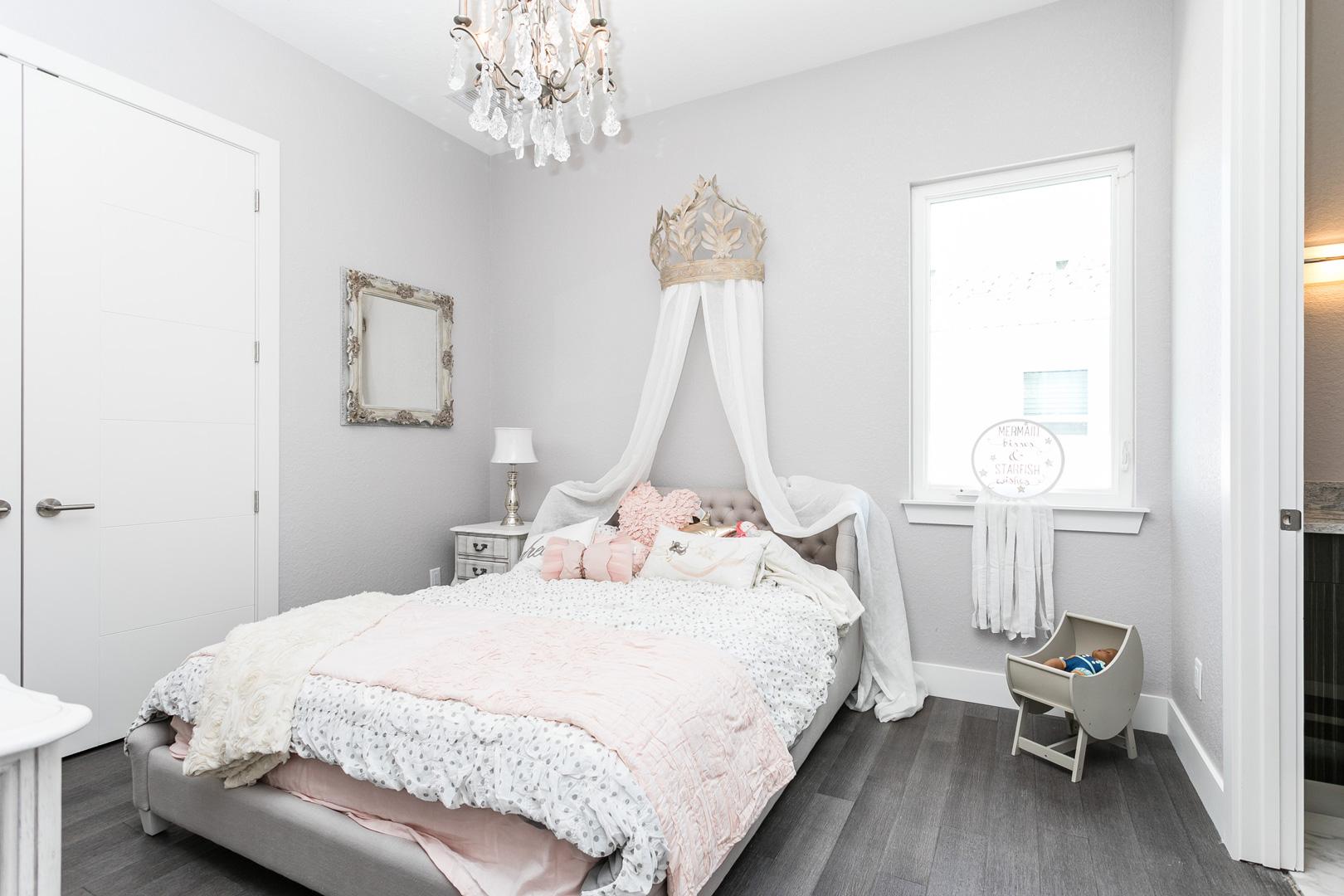 Bedrooms6